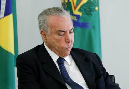 Left or right michel temer 6 840x5771