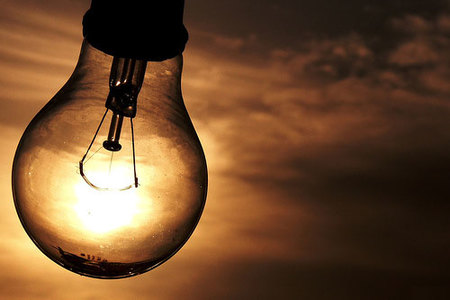 Left or right energia eletrica brasil