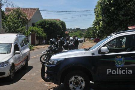 Left or right prf em bataguassums recupera carreta roubada e1545847929431