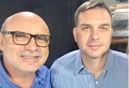 Left or right fabricio queiroz e flavio bolsonaro