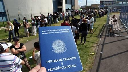 Left or right carteira de trabalho desemprego 660x372
