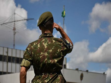 Left or right csm exercito brasileiro 920544016b