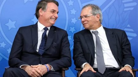 Left or right bolsonaro e guedes 678x381