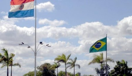 Left or right pjc bandeira 2 750x430