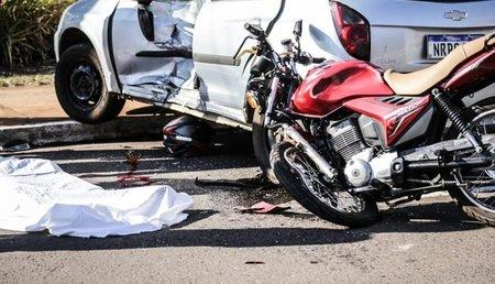 Left or right casal morte motocicleta