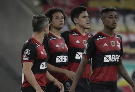 Left or right flamengo