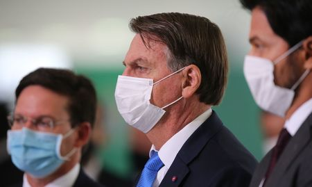 Left or right o presidente jair bolsonaro declaracao a imprensa310320212685
